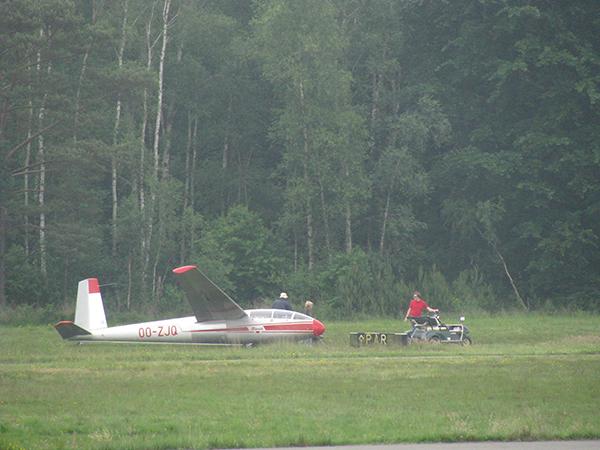Het zweefvliegtuig